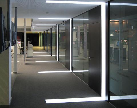 Lichtarchitektur, realisiert mit LED Vollflächenmodulen